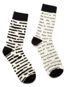 SOCKS-1002_banned-books-socks_Socks_2_811b8b08-a18b-44ec-8199-0338b45bd1c0_1024x1024
